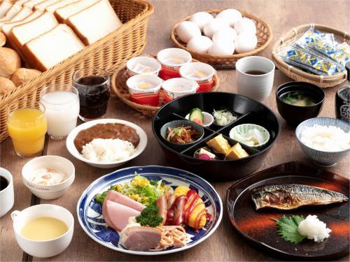 【朝食】通常別途1食800円※洋食・和食から選択