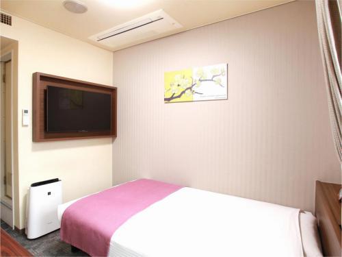 シングルエコノミー【喫煙のみ / 2F / 13平米 / ベッド幅=123cm】
